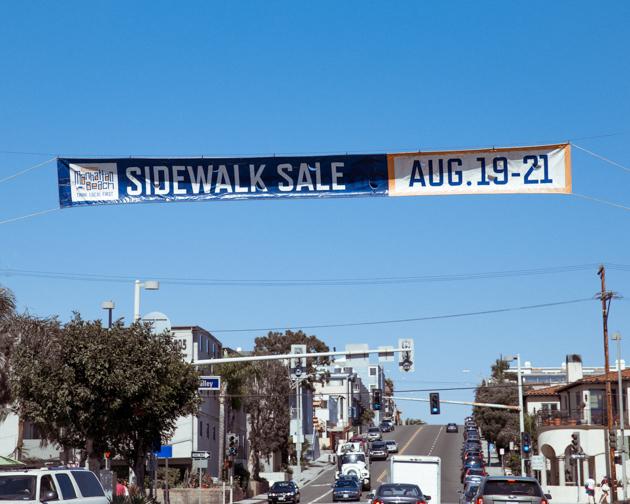 Manhattan Beach Sidewalk Sale