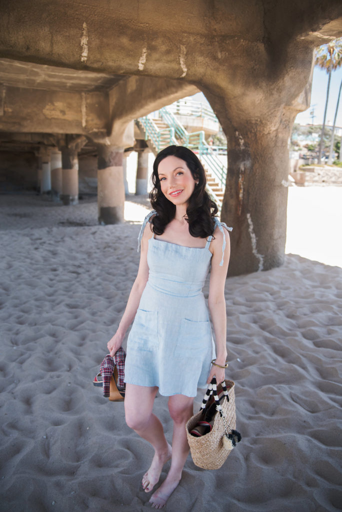 Lisa Valerie Morgan wears Reformation Linen Dress
