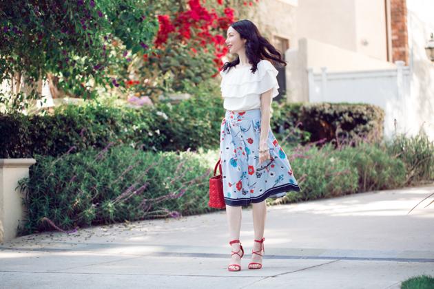 Lisa Valerie Morgan - Pretty Little Shoppers Blog