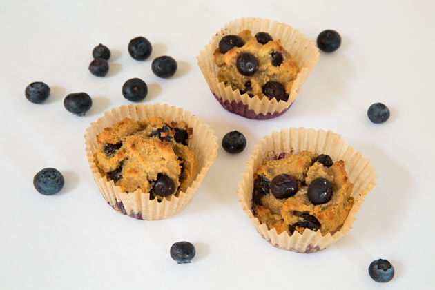 How to Make Gluten Free Blueberry Muffins - Pretty Little Shoppers Blog