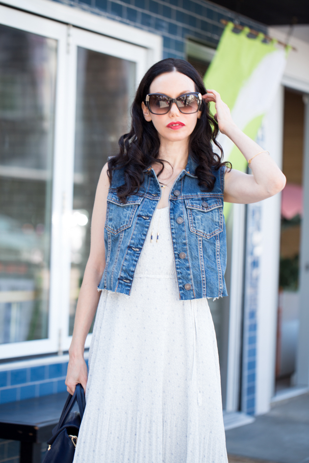 Lisa Valerie Morgan wears A&F Chiffon Pleated Midi Dress and Denim Vest