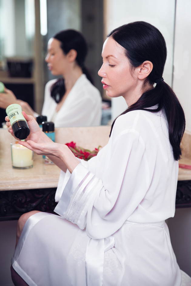 Keeping my Skin Glowing for Fall with L'Bri - Lisa Valerie Morgan
