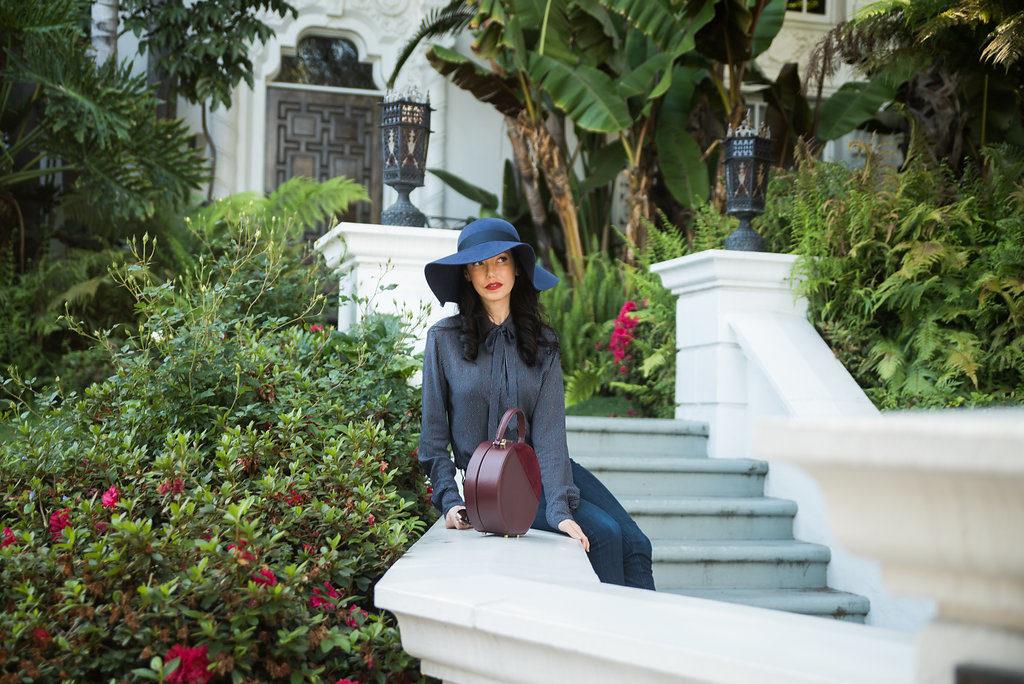 Lisa Valerie Morgan wears San Diego Hat Company Floppy Fedora