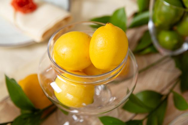 Spring Citrus Tablescape, Lemons, Apothecary Jar