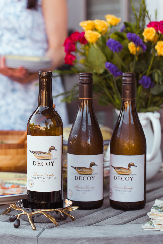 Summer Dining Al Fresco, Decoy Wines, Cabernet Sauvignon, Wine Down Weekend, Wine Toast, Patio Dining, Manhattan Beach, California Living, Outdoor Entertaining, Pretty Little Shoppers Blog, Mo Summers Photography, #ElevatewithDecoy #winenight #alfrescodining #summerentertaining #dinnerparty #winedownweekend #wine