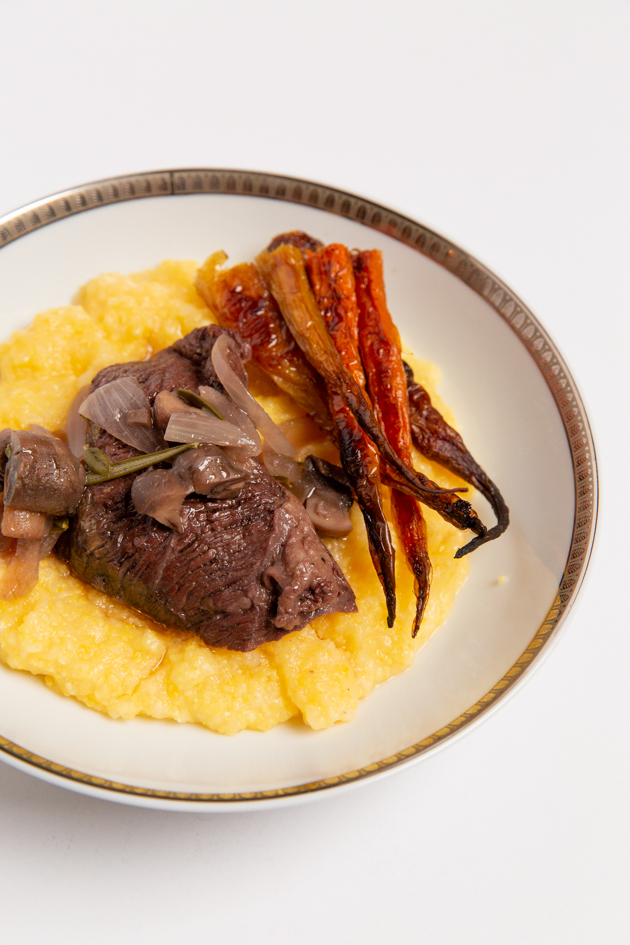 Grass-fed Pot Roast with Polenta and Roasted Carrots, Gluten-free dinner ideas, Organic recipes, farm to table, gluten-free dining, Halloween Entertaining, Halloween Party Ideas, Lifestyle Blogger, Entertaining Ideas, Entertaining at Home, Halloween Dinner Party, Sophisticated Halloween, Gluten-free entertaining, Comfort Food, Fall Recipes #potroast #polenta #roastedcarrots#entertainingathome #dinnerparty #holidayentertaining #halloweenparty #halloweenentertaining #fallrecipes #comfortfood