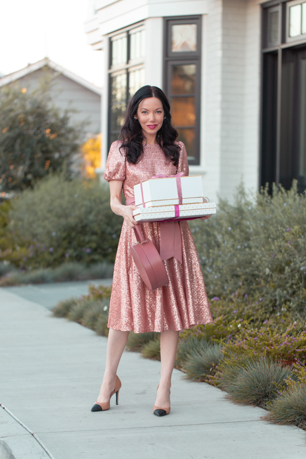 dfe5bff82a21 Gal Meets Glam Holiday Collection, Julia Engel, Gal Meets Glam Dress,  Holiday Style