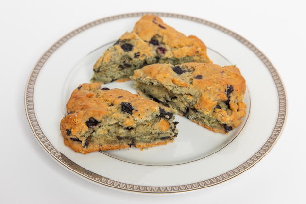 Gluten-free Lemon Blueberry Scones, Gluten and Dairy-free Scones, Gluten free Baking, Easy Breakfast Ideas, Spring Brunch Menu, Entertaining at Home, Easter Sunday Ideas, Food Blogger, Pretty Little Shoppers Blog, Healthy Breakfast Ideas, Gluten-free recipes, Dairy-free Scones, Foodie, Healthy Eating, Organic Eating  #brunchideas #lifestyleblogger #sundaybrunch #brunchmenu #lemonblueberryscones #glutenfreebaking #organicliving #organiceating #easybreakfastideas #glutenfreebreakfastideas #brunch