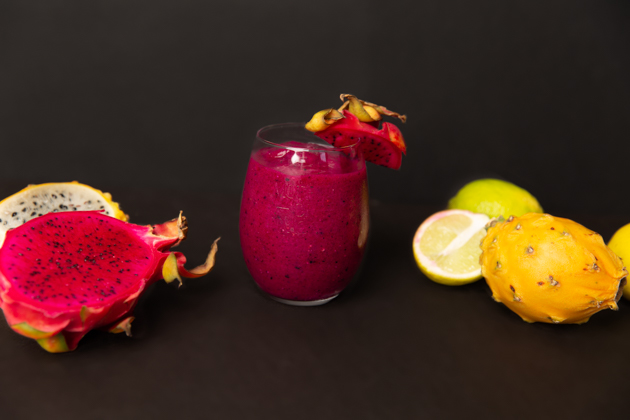 Mother of Dragons Fruit Frozen Daiquiri, Pitaya Fruit, Frozen Daiquiri Recipe, How to Host a Game of Thrones Viewing Party, Game of Thrones Cocktail, Entertaining at Home, Bacardi Rum, Daenerys Targaryen, Game of Thrones Night, Cocktails are Coming, Entertaining Ideas, HBO's Game of Thrones, Mother of Dragons, Khaleesi, Pretty Little Shoppers Blog #gameofthrones #entertainingathome #gameofthronesparty #gameofthronescocktail #idrinkandiknowthings #motherofdragons #frozendaiquiri