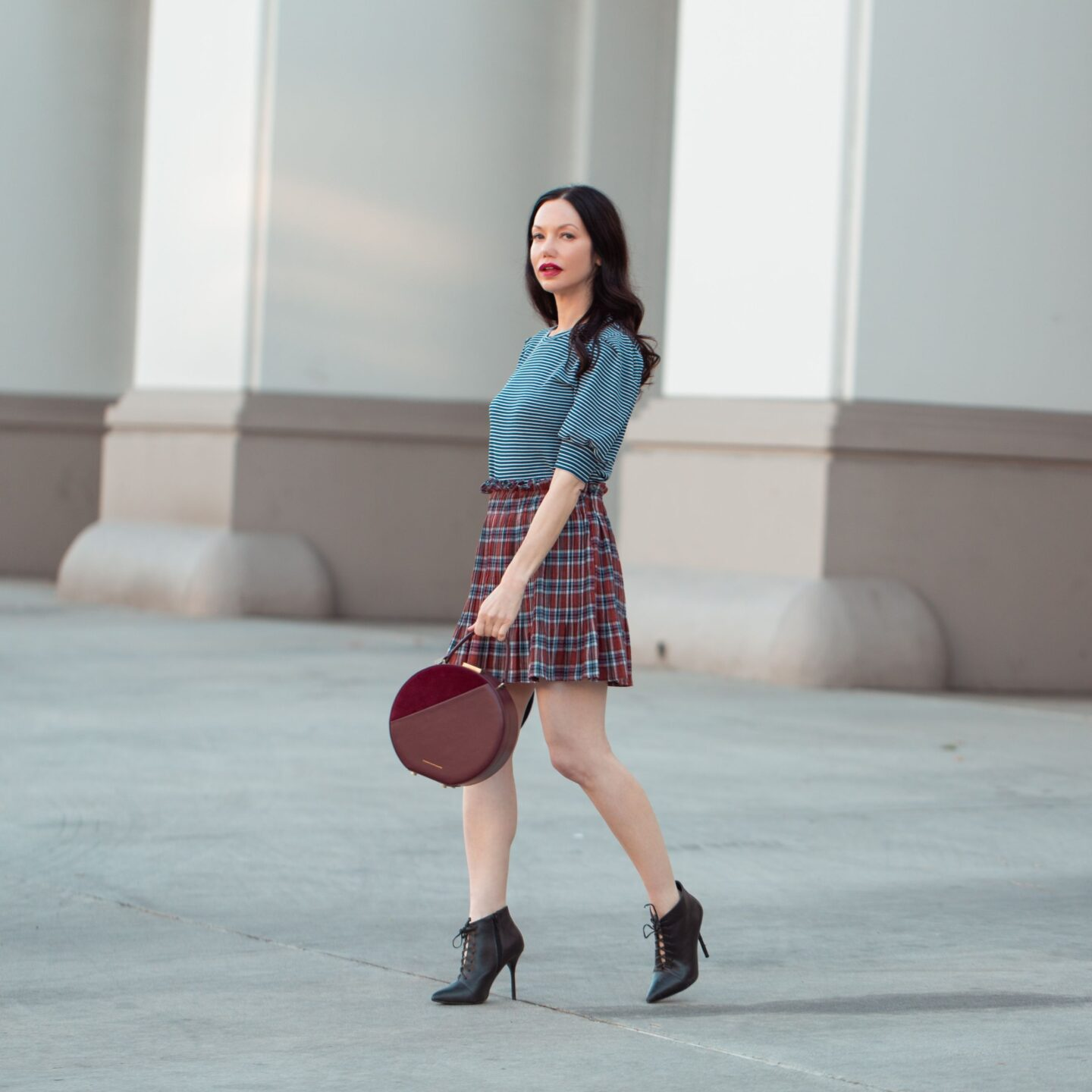 About Lisa Valerie Morgan - Pretty Little Shoppers Blog, Los Angeles Fashion Blogger, Top Fashion and Lifestyle Blogger